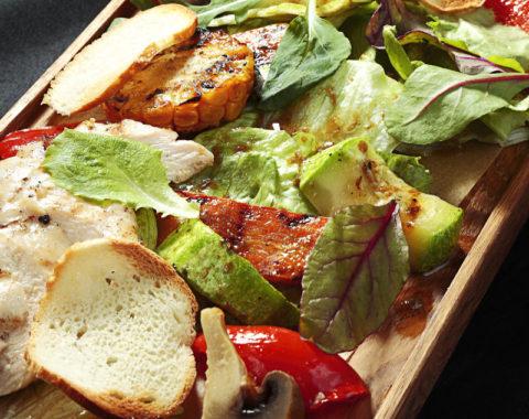 tepliy-salat